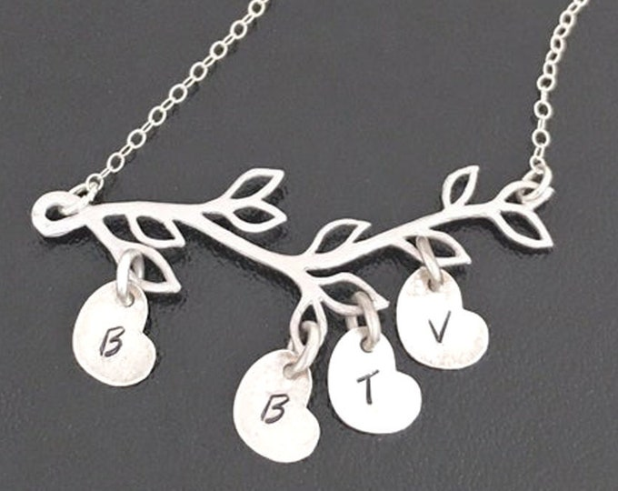 Personalized Family Tree Necklace for Mom Necklace with Kids Initial Charms Letters on Sideways Hearts Charm Necklace Mom Gift from Kids