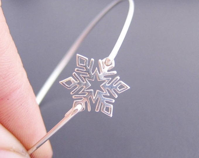 Sterling Silver Snowflake Bracelet Bridesmaid Gift Winter Wedding Jewelry Snowflake Jewelry Winter Wedding Bracelet Winter Jewelry Fashion