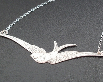 Sparrow Necklace Silver Tone Swallow Necklace Flying Bird Necklace Bird Pendant Necklace Bridesmaid Necklace Bird Charm Necklace