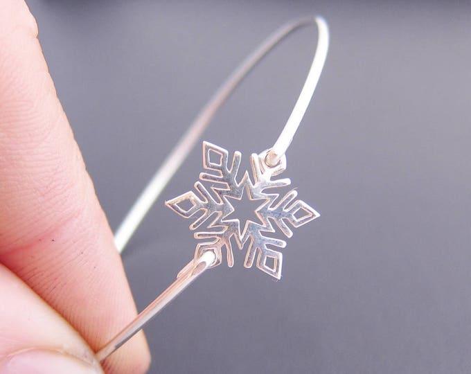 Snowflake Bracelet, Sterling Silver, Snowflake Jewelry for Women, Winter Fashion, Snowflake Bangle, Winter Jewelry Gift, Winter Bracelet