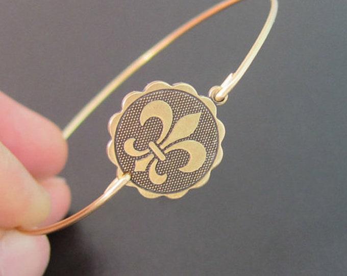 Fleur de Lis Coin Bangle Bracelet New Orleans Bracelet Theme New Orleans Jewelry Louisiana Bracelet Parisian Jewelry Fleur de Lis Bracelet