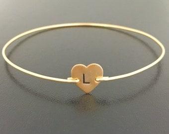 Heart Initial Bracelet, Initial Heart Bracelet, Personalized Heart Charm Bracelet, Monogram Heart Jewelry, Custom Heart Bangle Bracelet