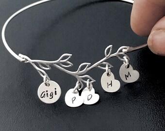 Personalized Gigi Bracelet w Charms Personalize Gigi Gift Gigi Jewelry Gigi  Gift Gigi Birthday Gift Family Jewelry Family Bracelet