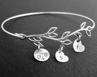 Wife Gift Bracelet for Wife Jewelry Wife Birthday Gift Idea Wife Bracelet, Family Tree Bracelet with Initials, 1 to 9 Charms, Frosted Willow