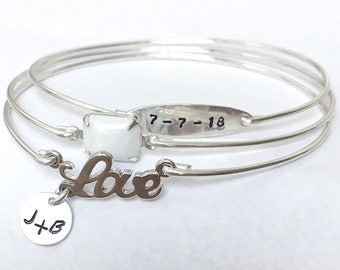 Custom Wedding Bracelet White Wedding Jewelry Anniversary Bracelet for Women Mother Bridal Shower Gift Idea for Bride Wedding Date Bracelet