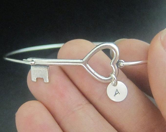 Heart Key Monogram Bracelet Personalized Valentines Day Gift for Daughter Custom Key Bracelet Valentine's Day for Her Personalized Bangle