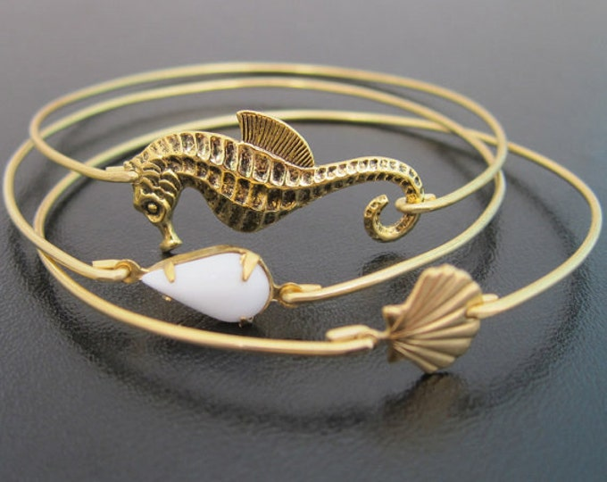 Beach Jewelry, Seahorse Jewelry, Sea Shell Jewelry, Shell Bangle, Beach Themed Jewelry, Beach Theme Gift, Beach Girl Bracelets, Sea Jewelry
