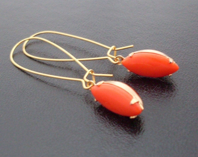 Coral Red Earrings, Gold, Red Coral Earrings, Red Dangle Earrings, Oval Earrings, Coral Earings, Coral Red Earing, Red Coral Dangle Earrings