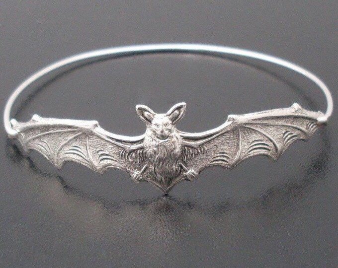Halloween Bracelet, Bat Jewelry, Silver Bat Bangle, 2018 Halloween Jewelry, Bat Bracelet, Animal Bracelet, Animal Jewelry, Halloween Bangle