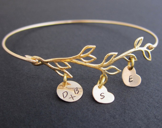 Mothers Day From Daughter, Son, Kids, Husband, Family Tree Bracelet for Mom Mother's Day Gift for Wife Personalized Mom Jewelry Mom Bracelet