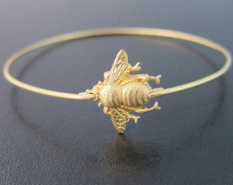 Bumble Bee Bracelet, Bumble Bee Jewelry, Bumble Bee Bangle Bracelet, Gold Bracelet Bangle, Spring Fashion, Bumblebee Jewlery, Spring Jewelry
