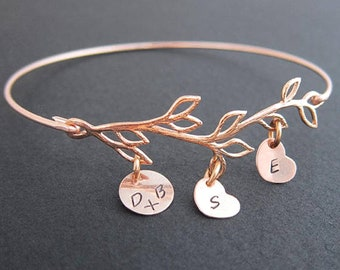 Valentines Day Bracelet for Wife Gift Family Tree Jewelry for Women Personalized Rose Gold Bracelet with Kids Initials Custom Mom Bracelet