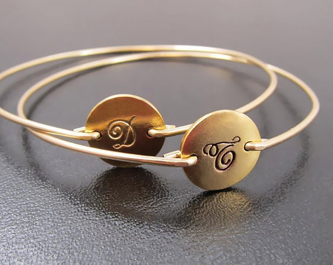 Set of 2 Personalized Initial Bracelets for Mom Personalized Bracelets for Women Gold or Silver Plated Disc Charms Initial Bangle Bracelets