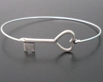 Key Bracelet for Women Key Bangle Heart Skeleton Key Bracelet Skeleton Key Jewelry Halloween Jewelry Her Halloween Gift Halloween Bracelet