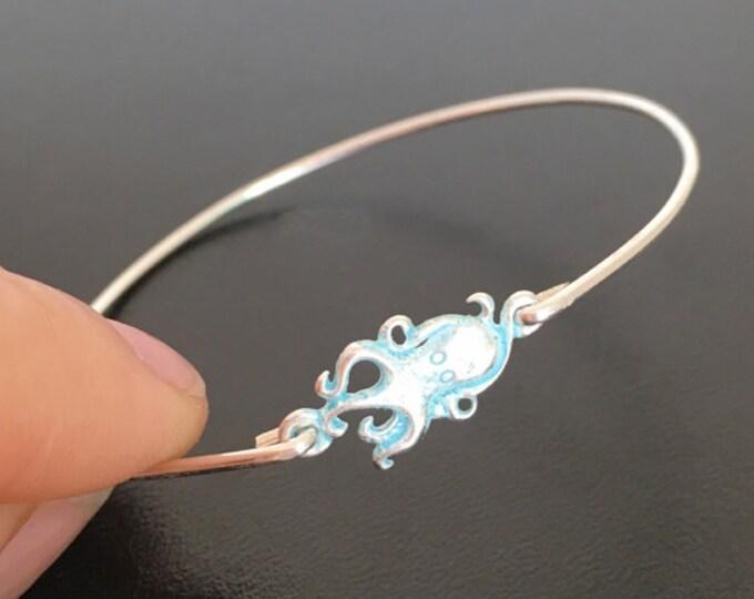 Octopus Bracelet, Octopus Jewelry, Octopus Bangle Bracelet, Ocean Jewelry, Sea Life Jewelry, Octopus Charm Bracelet, Ocean Bracelet