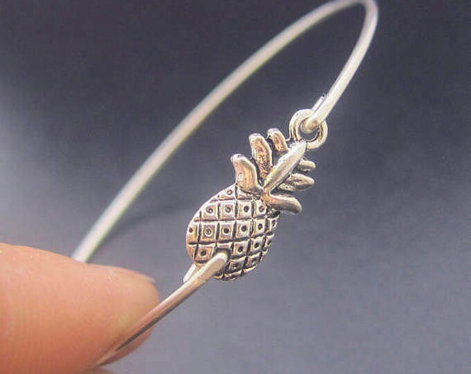 Mini Pineapple Bracelet Pineapple Jewelry Hawaii Jewelry Theme Hawaii Bracelet Hawaii Bangle Island Jewelry Fruit Jewelry Tropical Jewelry