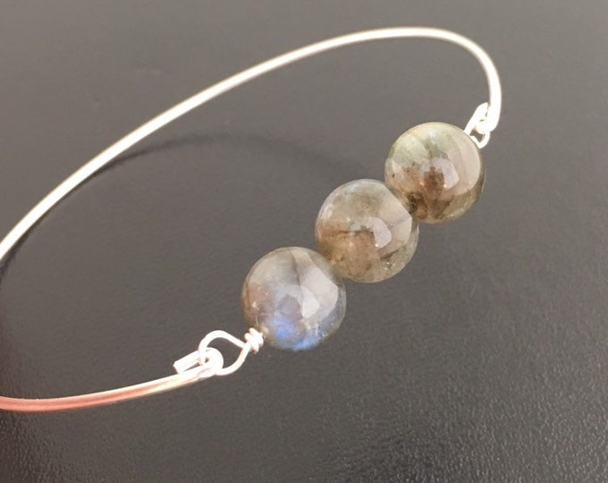 Labradorite Bracelet Multicolored Labradorite Jewelry Gift for Mom Iridescent Bracelet Grey Bead Bracelet Gray Bracelet Bead Bangle Bracelet
