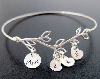 Mother's Day Gift Idea for Mom, Wife, Sister, Grandma, Family Initial Bracelet with 4 to 9 Charms, Wife Gift Idea for Her, Mom Gift Idea