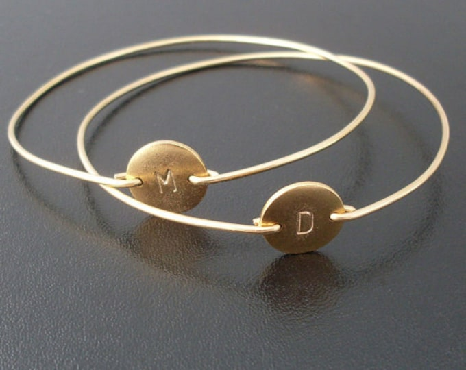 Friendship Bracelet Set 2 Best Friend Bracelets for 2 Best Friend Gifts Women Gold Plated Disc Bangles Initials Front & Back Friendship Gift