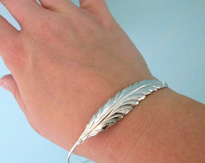 Silver Leaf Bracelet Fall Wedding Jewelry Fall Bridesmaid Gift Fall Bridesmaid Jewelry Bride Woodland Wedding Autumn Wedding Fall Jewelry