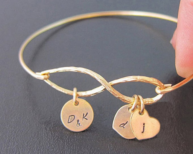 Family Infinity Bracelet with Initials Personalized Gift for Mom from Son from Daughter Kids Personalized Bracelet for Mom Gift for Birthday