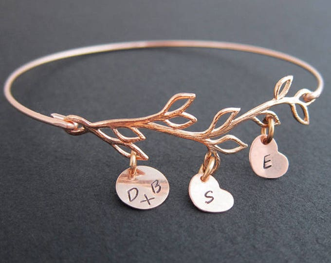 Mom Bracelet with Kids Initials Mothers Day Gift Idea from Daughter Son Mother's Day Gift Idea for Wife Mom Jewelry Rose Gold Family Jewelry