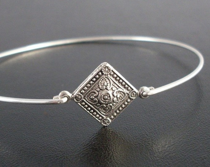 Silver Bracelet Bangle - Mayla, Thin Silver Bracelet, Thin Silver Bangle Bracelet, Bohemian Jewlery, Boho Jewlery