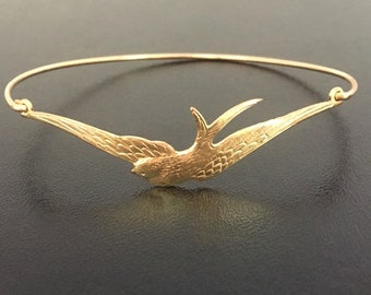 Flying Bird Bracelet Spring Bracelet Fashion Spring Bridesmaid Gift Nature Wedding Spring Wedding Jewelry Ornithologist Gift Bird Watcher