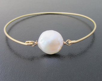 Cultured Freshwater Coin Pearl Bracelet Mother of the Bride Gift Jewelry from Daughter from Bride & Groom Mother of the Bride Bracelet Pearl