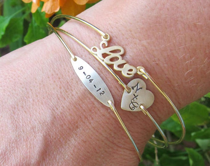 Wedding Jewelry for Bride Gift for Bride from Mom Sister Best Friend Bridesmaid Maid of Honor Mother in Law Personalized Bridal Bracelet Set