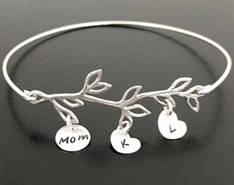 Personalized Mother Bracelet Sterling Silver Mom Bracelet Mothers Day Jewelry Initials Birthday Gift for Mother in Law Sister Grandma Gigi