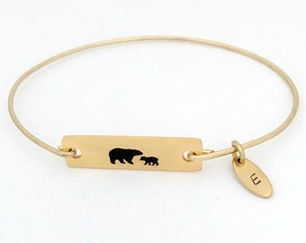 Personalized Mamma Bear Bracelet First Time Mom Bracelet New Mom Push Present Jewelry for Wife Friend Sister Push Gift from Mom to Daughter