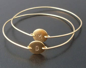 Set of 2 Personalized Bracelets for Women Gifts Ideas Bracelets with Initials Disc Charms Present for Friend Gift Friends Woman Female Group