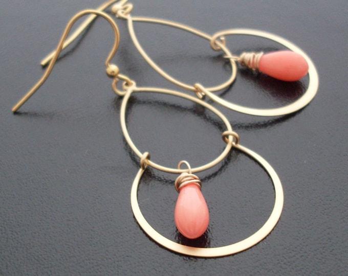 Coral Pink Earrings, Pink Coral Earrings, Coral Chandelier Earings, Pink Chandelier Earrings, Pink Earings, Pink Briolette Earrings