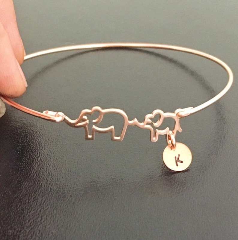 The next idea of jewelry gifts is Bracelet. A simple Mama & Me Elephant Bracelet is very suitable for this Mother's Day. The baby elephant follows its mom looks like you of the childhood followed your mother. Give her this cute gift and tell her even you're all grown up, you still need her.
