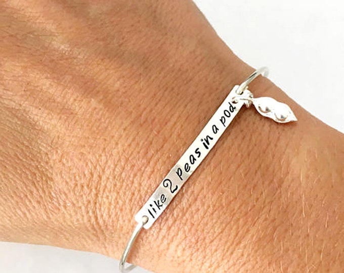 Best Friend Bracelets for 2, Set of 2 Peas in a Pod Friendship Bracelets Set of 2, Best Friend Jewelry for 2, Friendship Jewelry 2 Bangles
