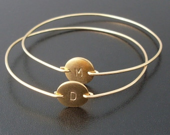 Personalized Jewelry for Women Initial Bracelet Mom Monogram Bracelet Initial Disc Bracelet Unique Birthday Gift for Her Best Friend Female