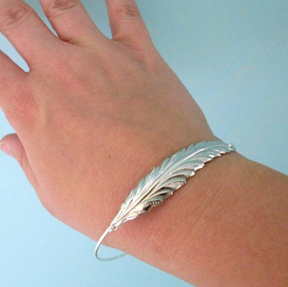 Silver Leaf Bracelet Fall Wedding Jewelry Fall Bridesmaid Gift Fall Bridesmaid Jewelry Bride Woodland Wedding Autumn Wedding Fall Jewelry