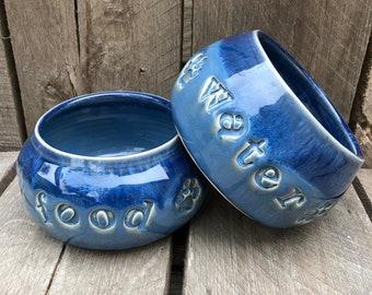 Spaniel Dog Bowl Set / Dog Bowl Set / Paw Print / Spaniel Bowls / Small Spaniel Bowls