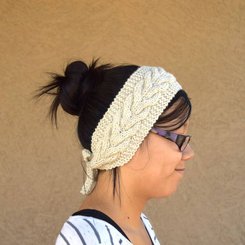 Cable knit headband oatmeal fashion accessory Thanksgiving image 0