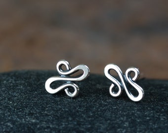 Tiny Silver Squiggle Stud Earrings, Neat Wire Doodle Snake Line, Hammered Wire Loops, Simple Sterling Silver Stud Earrings for man or woman