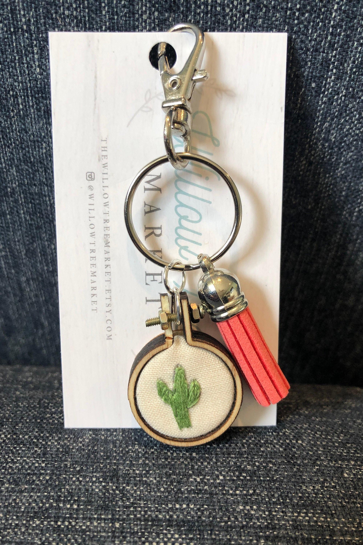 Saguaro Cacti Embroidered Keychain, Cacti Embroidery Hoop Keychain, Mini  Embroidery Hoop, Tassel Keychain