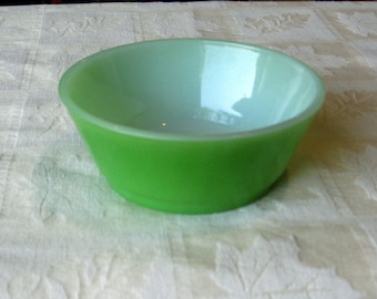 small bowl in apple green