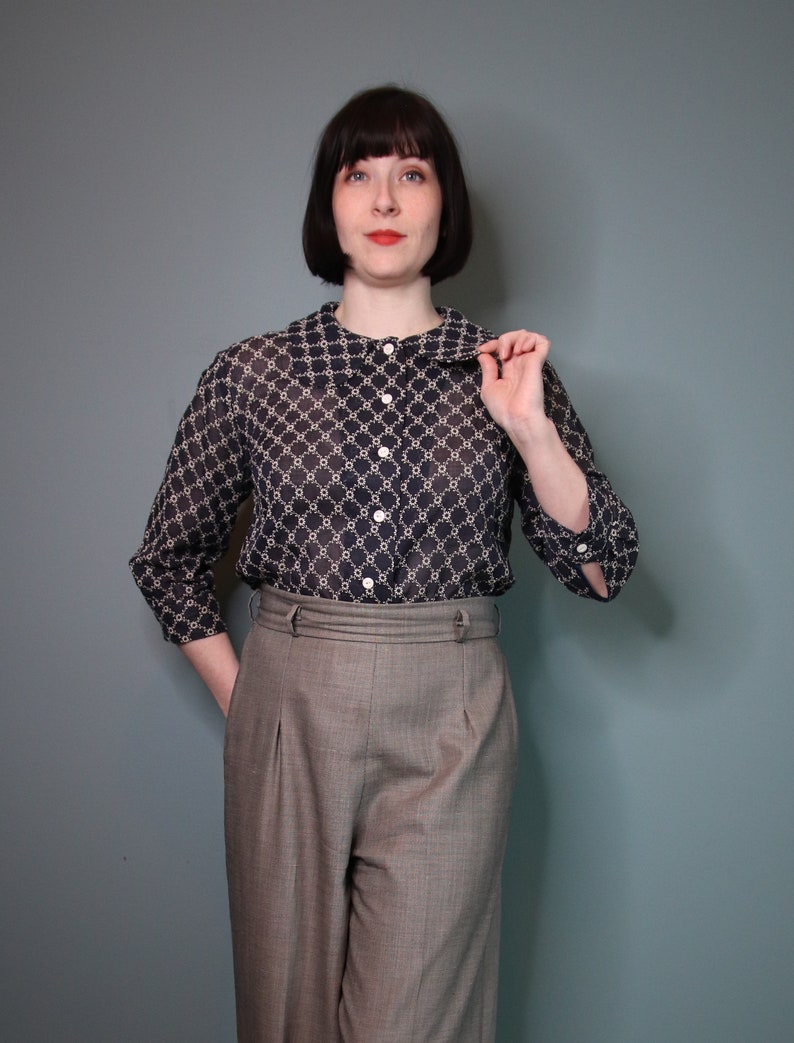 Navy 1960s Style Peter Pan Blouse