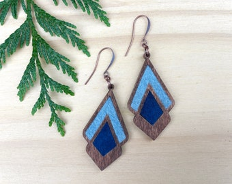 Natural Wood and Wool Earrings, Blue Indigo Dyed Jewelry, Triangle Teardrop Dangles, Naturally Dyed Wool, Eco Friendly Jewelry