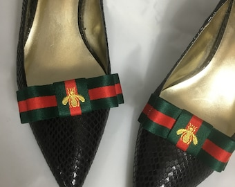 37f31d244b87 Gucci Inspired Shoe Clips