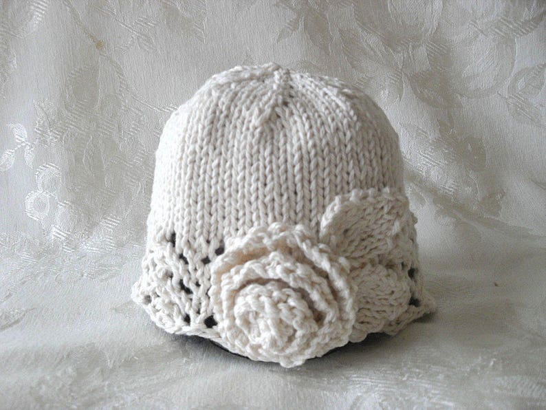 190eb07883b Baby Hat Knitting Knit baby hats Knitted babyCloche Knitted