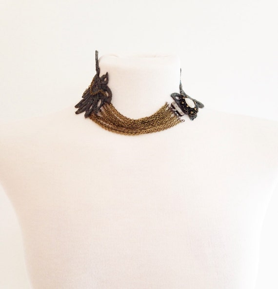 Spectacular lace silver necklace