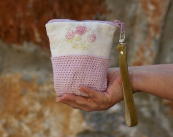 Embroidered Floral Pouch Purse Wallet - Vintage Embroidery, Crochet and Fabric