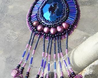 Native American made, Cobal Blue Titanium Druzy Cabochon Necklace (EBEG)